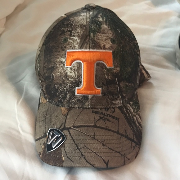 Realtree Accessories - Tennessee camo hat